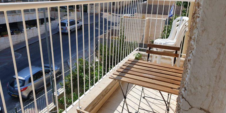 Chiz small balcony